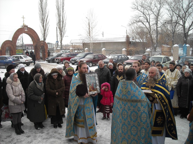 Крестный ход посвящен празднованию престольному празднику Введение во Храм Пресвятой Богородицы