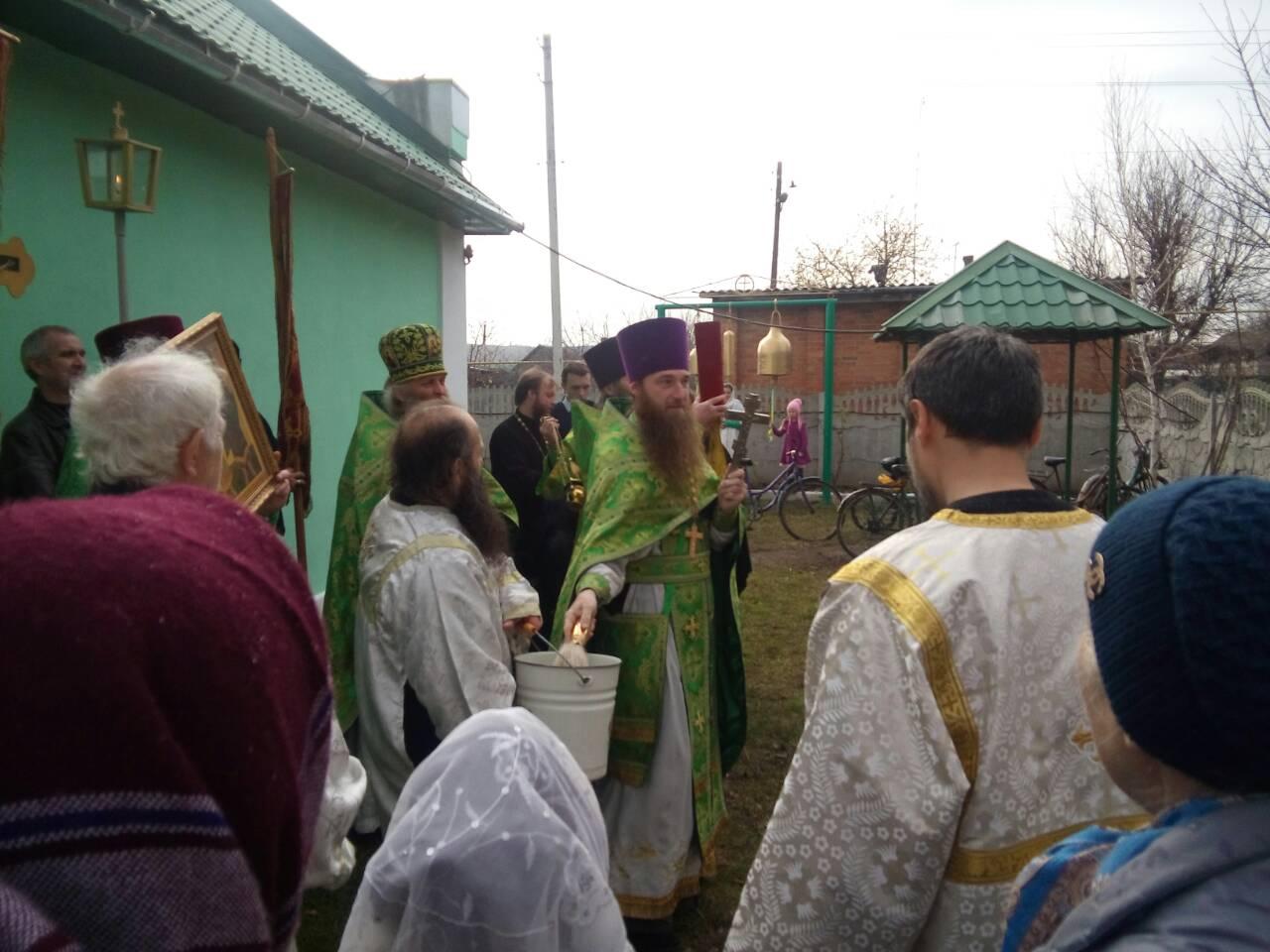Молодежный хор Воскресенского храма побывал на престольном празднике
